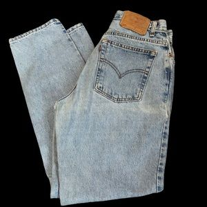 Vintage Levis 550 Light Wash Unisex Jeans